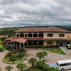 Hacienda Los Molinos (Raíces)