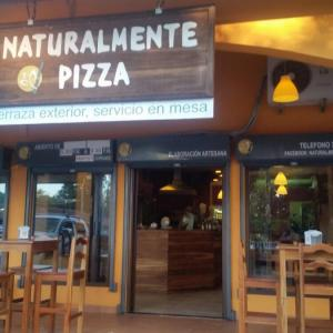 Naturalmente Pizza