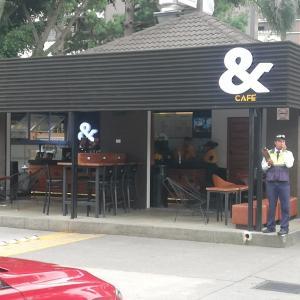 &Café (Plaza Futeca)