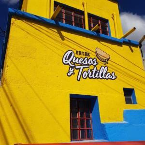 Entre Quesos y Tortillas