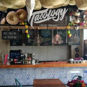Tacology (Cayibel)
