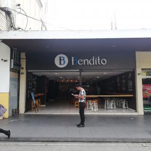 Bendito (Sexta Avenida)