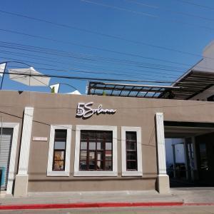 Restaurante & Rooftop 5ta Solana