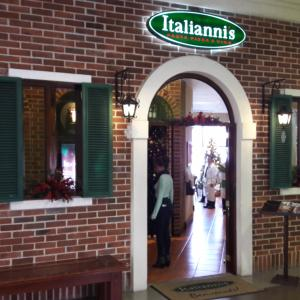 Italianni's (Edif. Design Center)