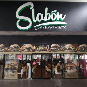 Slabón Café Bistró (12 de Octubre)