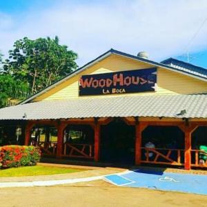 Woodhouse La Boca