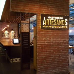 Artesanos Gastro Bar