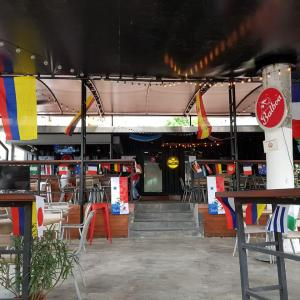 A Dos Veinte Panamá