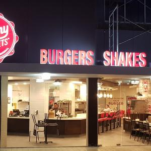 Johnny Rockets (Continental Hotel)
