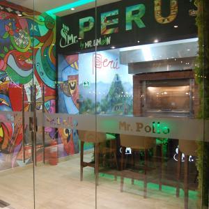 Mr. Pollo By Mr. Limón (Balboa Boutique)
