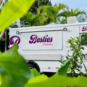 Besties Food Truck