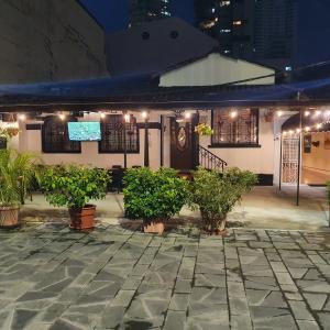 The Londoner Pub & Restaurant