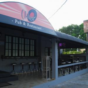 Oldies Pub & Restaurant