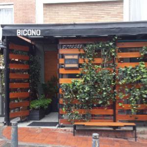 Bicono