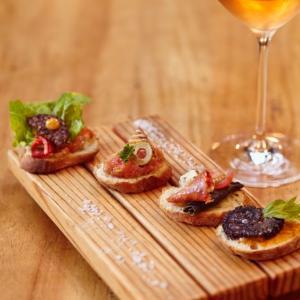 Cibeles Gastronomía y Vino