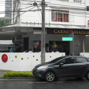 Carne y Maduro (El Peñon)