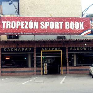 El Tropezon