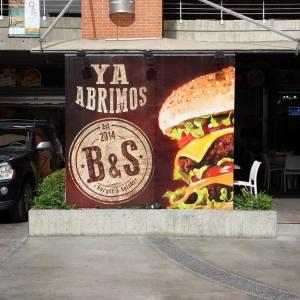 B&S Burger y Salads