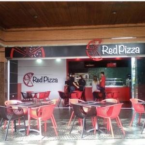 Red Pizza