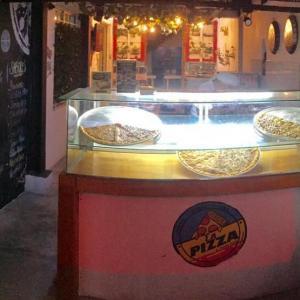La Pizza By Coccoloba